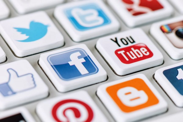 chay tron ban than tren mang - MS71 - Suy nghĩ về hiện tượng chạy trốn bản thân trong mạng xã hội