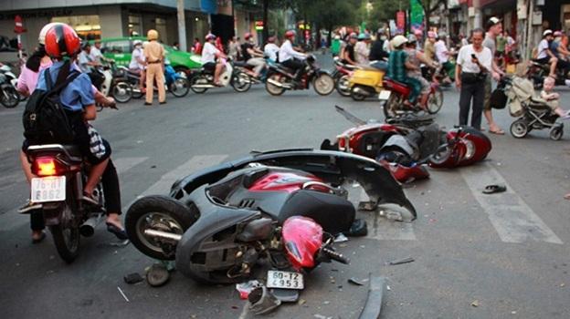 suy nghi ve tai nan giao thong - Suy nghĩ về tình trạng tai nạn giao thông