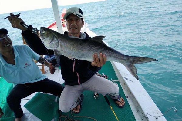 """hoc cach lam can cau - MS148 - Cảm nhận về câu nói: """"Đừng xin người khác con cá mà hãy học cách làm cần câu và cách câu cá"""""""