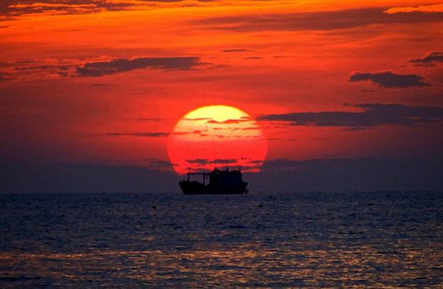 """chiec thuyen ngoai xa - MS171 - """"Chiếc thuyền ngoài xa""""- Những trăn trở về nghệ thuật và nghiệp cầm bút qua trang văn của Nguyễn Minh Châu"""