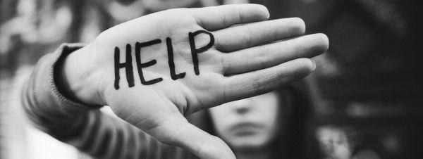van nan au dam - MS215 - Nghị luận về vấn đề: Vấn nạn ấu dâm - Xin người lớn đừng thờ ơ