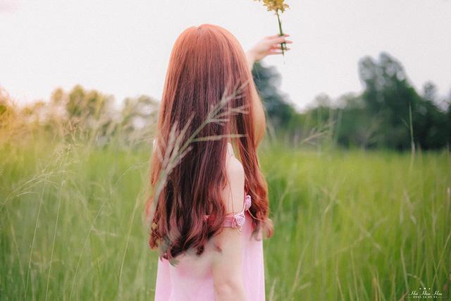 """moi bai tho cua chung ta phai nhu mot o cua - MS267 - Suy nghĩ về quan niệm của Lưu Trọng Lư trong bài thơ Liên tưởng tháng hai: """"Mỗi bài thơ của chúng ta. Phải như một ô cửa. Mở tới tình yêu."""""""
