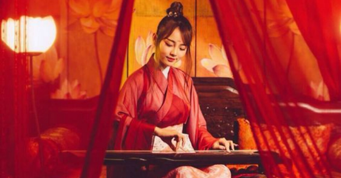 """nghe thuat chi kam nen cau tho - MS252 - Làm sáng tỏ nhận định: """"Nghệ thuật chỉ làm nên câu thơ, trái tim mới làm nên thi sĩ"""" (Andre Chenien) qua các tác phẩm của Nguyễn Du"""