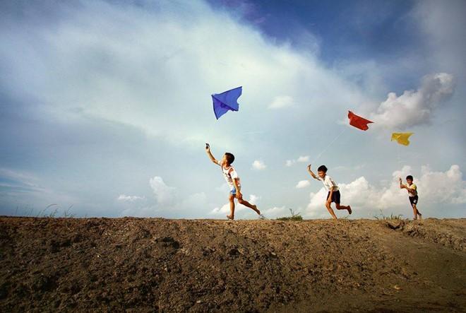 hay de tuoi tho troi qua y nghia - MS302 - Nghị luận xã hội về Hãy để tuổi thơ trôi qua một cách thật ý nghĩa