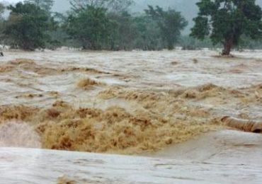 MS477 - Tả trận lũ lụt trên quê hương em