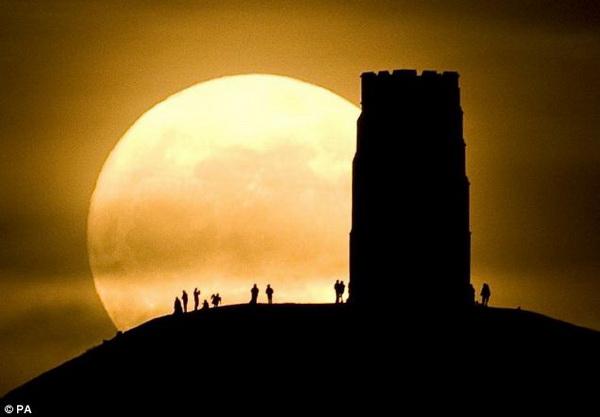 top 10 bai tho hay ve trang 9 - Top 10 Bài thơ hay về trăng